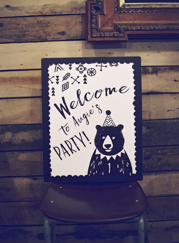 Black and White Grizzly Bear Babys First Birthday Party Ideas Invitations Invites Stationery 14