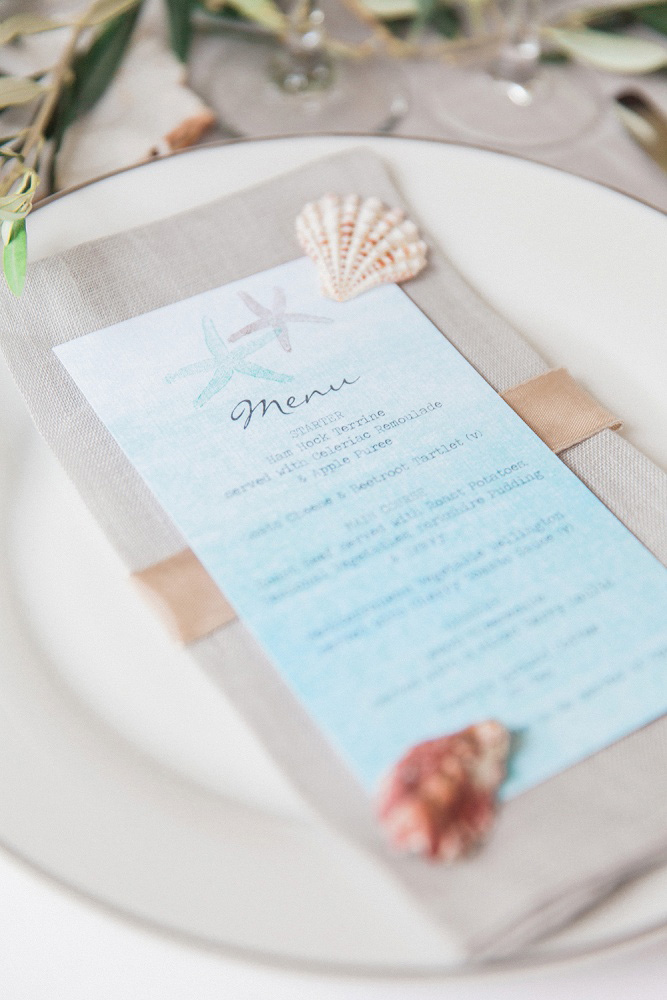 Heaven table at wedding